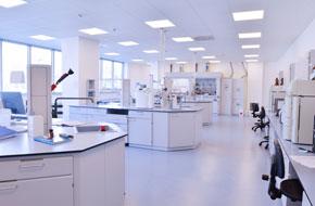 schoonmaken laboratoria