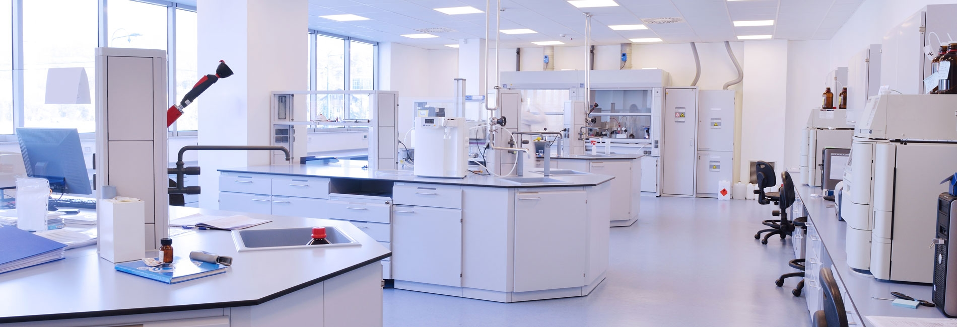 Schoonmaakwerkzaamheden laboratoria